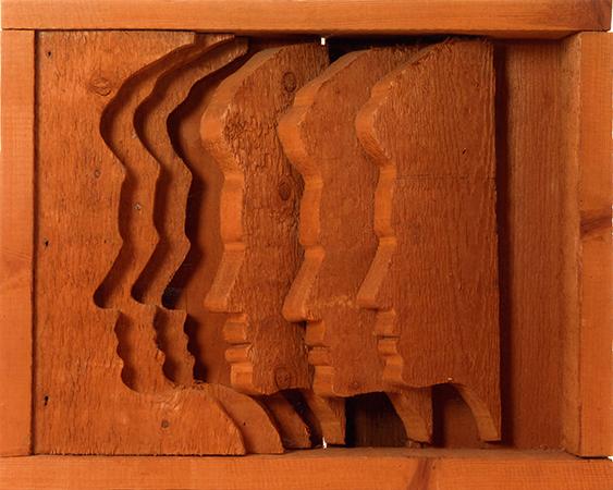 Mario Ceroli 1968 pino di russia (legno) 38 x 48 x 9 cm 1